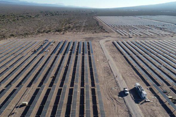 Energía renovable. Se inauguran obras que comenzaron con Macri, pero no hay nuevos proyectos